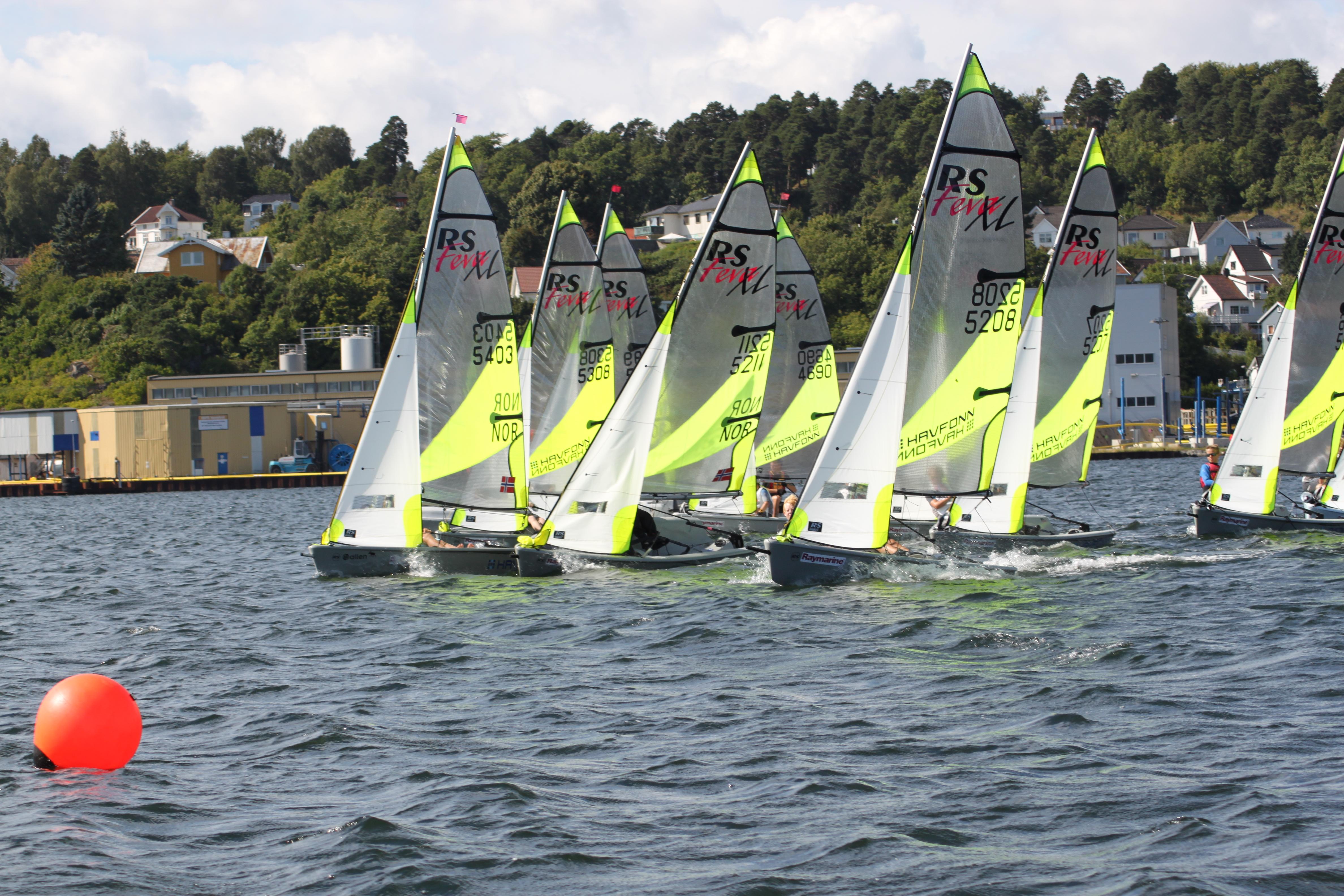 Moss raymarine race13